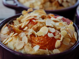 clafoutis abricots sans gluten, ni sucre -Doriane